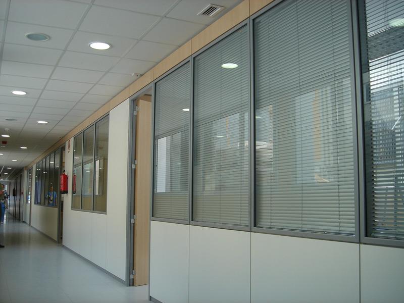 Compartimentación de oficinas y espacios de trabajo